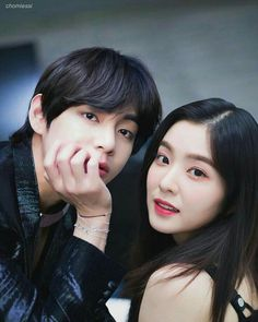 ❝it's just about chasing and waiting for love to come in the future❞ Kim Taehyung ft Bae Irene Jeon Jungkook ft Kim Yerim copyright Start. Ulzzang Couple, Ulzzang Girl, Irene Kim, Bts Memes, Role Player, Bts Girl, Kpop Couples, Korean Couple, Red Velvet Irene