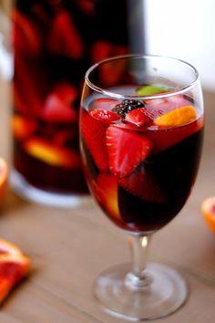 Blood Orange Blackberry Sangria by Fabtastic East.lots of sangria recipes! Refreshing Drinks, Fun Drinks, Yummy Drinks, Alcoholic Drinks, Beverages, Sparkling Sangria, Pink Sangria, Sangria Recipes, Gourmet