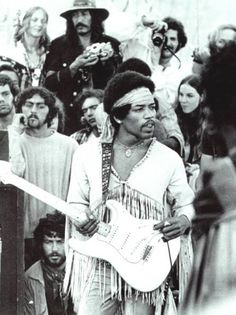 the idol Jemi Hendrix performed