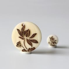 Charms Flower - Two Sizes - Tagua Nut