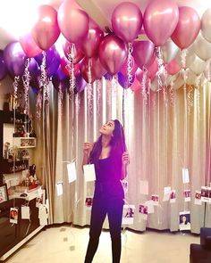 Create a Romantic Valentine's Day Bedroom Using Your 5 Senses. Romantic Room Decoration For Husband Birthday Gold Birthday Party, Birthday Balloons, Girl Birthday, Birthday Parties, Surprise Birthday, 21st Birthday, Birthday Room Decorations, Balloon Decorations, Wedding Decorations