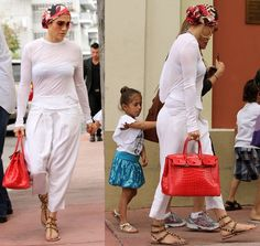 We all know JLo loves to wear head scarves. And it sure looks like her love affair with it is here to stay. The ever glam diva was spotted sporting a Valentino Spa, Big Curly Hair, Head Scarf Styles, Big Hair Dont Care, Italian Fashion Designers, Jennifer Lopez, Scarf Hairstyles, Shirt Dress, How To Wear