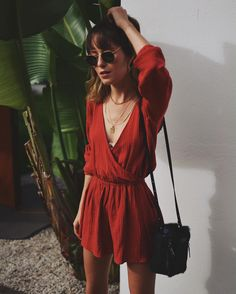 Must Have Summer Outfits That Always Looks Fantastic Women's Summer Fashion, 70s Fashion, Women's Fashion Dresses, Look Fashion, Fashion Tips, Fashion Magazines, Fashion Trends, Fashion Quiz, Vintage Fashion