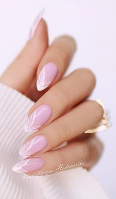 manicure ideas, manicure, manicure ideas for short nails, manicure at home, manicure ideas gel Fall Nail Art Designs, Cute Nail Designs, Acrylic Nail Designs, Gold Acrylic Nails, Almond Acrylic Nails, Oval Nails, Pink Nails, Classic Nails, Wedding Nails Design