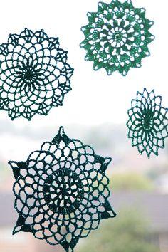 Summer mandala's: a free crochet pattern in NL/EN on haakmaarraak.nl! #Crochet… More