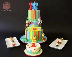 Circus with cake smash cake