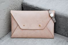 Personalised Envelope Leather Clutch / Purse / Handbag - Minimalist - Nude / Beige, Monogrammed, Large / Over-sized, Handmade, Women, Gift by TheLeatherCollective on Etsy https://www.etsy.com/se-en/listing/232805386/personalised-envelope-leather-clutch
