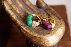 On motherhood, her new jewelry line, and that spicy Noxema feeling Jade Jagger, Gold Rings, Gemstone Rings, Gypsy Chic, Statement Jewelry, Jewels, Jewellery, My Style, Emerald