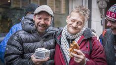 Rørt Brosteinpris-vinner delte æren med vennene fra gata - Kirkens Bymisjon Addiction
