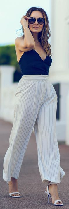 Striped Wide Leg Pants Outfit Idea                                                                             Source