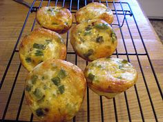 easy egg and biscuit breakfast cups, so yummy!