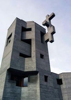 Kirche Heilig Kreuz - Brutalist Church in Chur (Switzerland) by architect Walter Förderer 1969