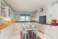 10 Eglantine Demesne Road, Hillsborough #kitchen
