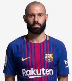 Get Helpful Tips About Football That Are Simple To Understand. Football is a great sport that people really enjoy. Fc Barcelona, Steven Gerrard, Premier League, Argentina Football Team, Messi Soccer, Best Player, Lionel Messi, Basketball Players, Club