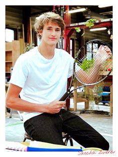 So cute & young   original photo from tennisnerd.net