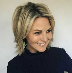 20 ideal bob hairstyles for women over 50 Hairstyles 2020 New hairstyles and hair colors Bob Haircut Bob colors Hair Hairstyles ideal Women Modern Bob Hairstyles, Bob Hairstyles 2018, Bob Hairstyles For Fine Hair, Messy Hairstyles, Messy Bob Haircuts, Wedding Hairstyles, Blonde Hairstyles, Pixie Haircuts, Celebrity Hairstyles