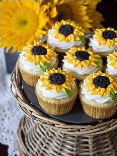 Sunflowers Wedding cupcakes