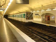 Metro Paris, Underground Tube, Third Rail, Metro Subway, Metro Station, France, Train, Model, Inspiration
