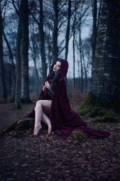 Model/MUA/Styling: La FaeSanPhotographer: photography by leenaWelcome to Gothic and Amazing |www.gothicandamazing.org