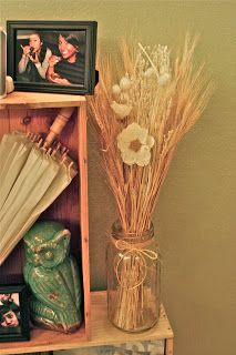 Can't explain my obsession w/ owls lately- but love the owl and the mason jar...