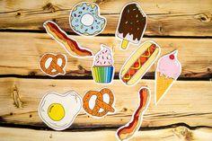 Junk-Food Sticker Pack / Hand gezeichnet Funny Humor Snack hot Hund Ei Eis Brezel Speck Krapfen Geburtstag Geschenk Weihnachten Illustration