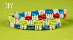 How to Make a Macrame Bracelet with Squares #Macrame #Squares #Bracelet