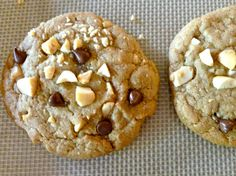 Weight Watchers Chocolate Chip Cookies with Salted Peanuts, just 90 calories and 2 Points Plus, easy, sweet, delicious, All American Family Favorite Dessert
