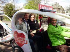 Wethouders Dannenberg en Vedelaar gaan mee met de fietsworkshop voor de Zwolsketiers van wethouder Filip van As