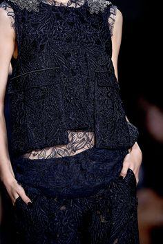 Oooooo! Vera Wang Spring 2013 Ready-to-Wear Collection Slideshow on Style.com