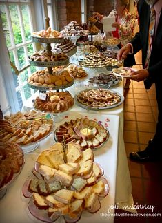The Wedding Cookie Table – A Pittsburgh Tradition – Recipes can be found on the … – Dessert Recipes, ideas Cookie Table Wedding, Wedding Cookies, Wedding Desserts, Wedding Dessert Tables, Dessert Buffet Table, Party Buffet, Wedding Reception Food, Wedding Catering, Wedding Buffet Food