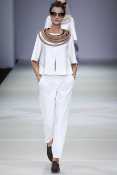 Turn strips of fabric or leather into a collar necklace. Spring 2015 Ready-to-Wear - Giorgio Armani
