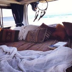 ♡Pinterest: Pneyati --- sleeping in your old fashion van  ^^100% adventure^^