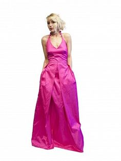 Evening gown in pink silk by Embrace.