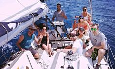 Ven a navegar con nuestro Club de Navegación y conoce nueva gente apasionada del mar