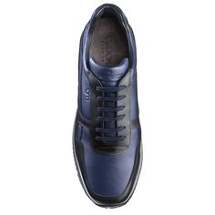 Elevator Sneakers : Munich. Upper in textured full grain leather and shiny black calfskin, lining in soft goatskin, insole in genuine leather. Hand Made in Italy by www.guidomaggi.com/us