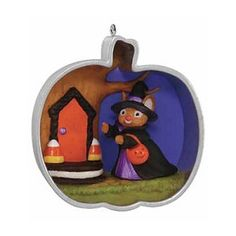 """2015 Cookie Cutter Halloween 2015 Cookie Cutter Halloween - 2015 Hallmark Keepsake Ornament -  Item # QFO5237 Item Condition: New, Mint ornament in Mint Box Complements the Cookie Cutter Christmas series of ornaments.     Size:    2 3/8"""" x 2 5/8"""" x 1½"""" Dated: - Artist:  Nina Aube"""