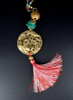 Buddha's Planet Multicolor necklace. Handmade jewel with resin Buddha, glass…