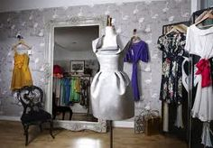 Google Image Result for http://www.fashion-stylist.net/blog/wp-content/uploads/image/Suzannah_%2520Shop.jpg