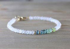 Bracelets En Argent Sterling, Gemstone Bracelets, Handmade Bracelets, Gemstone Jewelry, Jewelry Bracelets, Blue Bracelets, Diy Beaded Bracelets, Beaded Jewellery, Designer Jewellery