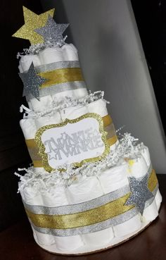 3 Tier Diaper Cake - Twinkle Twinkle Silver and Gold Neutral Diaper Cake - Baby Shower Centerpiece Rustic Star Baby Showers, Baby Shower Fun, Baby Shower Cakes, Baby Shower Gifts, Girl Shower, Baby Shower Centerpieces, Baby Shower Decorations, Parents Choice Diapers, Baby Shower Invitations