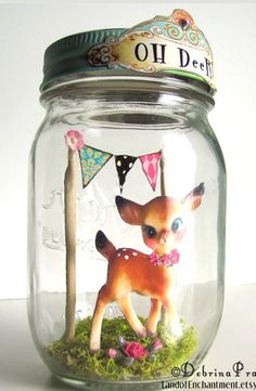 Oh deer in mason jar Bottles And Jars, Glass Jars, Bambi, Mason Jar Crafts, Mason Jars, Kitsch, Christmas Crafts, Vintage Christmas, Diy Cadeau