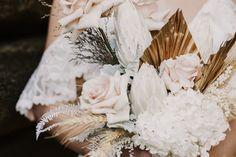 Photographer @twowildhearts_photo Flowers @rainforestgardensflorist Model @lucinda.kittel #aussiebride #wedding #dress #australia #melbourne #sydney #flowers #florist #inspo #planning #photoshoot #bohemian Cold Shoulder Wedding Dress, Melbourne, Sydney, Bridal Gowns, Wedding Dresses, Dream Dress, Dress Making, Oc, Delicate