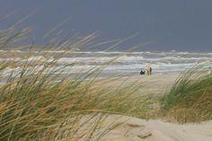 Strandspaziergang in Henne Strand im Herbst