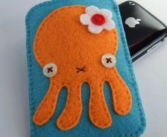 Etsy.com - Siiri    Octopus Ipod holder