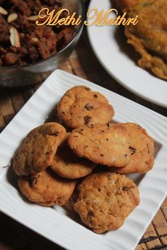 YUMMY TUMMY: Methi Mathri Recipe - Crispy Methi Ki Mathri Recipe