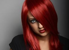 Quel maquillage adopter quand on a les cheveux rouges ? -...