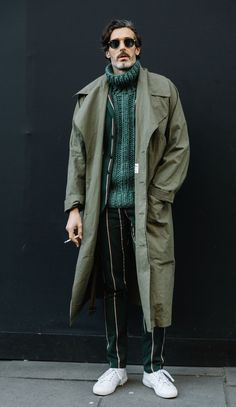 London Fashion Week Men's Street Style Fall 2018 Day The best Men's Street Style looks from the L Daily Fashion, Trendy Fashion, Fashion Styles, Mens Fashion 2018, Fashion Trends, Style Fashion, Fashion Blogs, Latest Fashion, Fashion Ideas