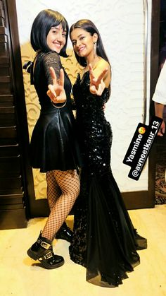 Follow Me Rishita Surve•̀.̫•́✧ Stylish Girl Images, Stylish Girl Pic, Stylish Kids, Teen Celebrities, Celebs, Cute Short Dresses, Saree Photoshoot, Girl Outfits, Fashion Outfits