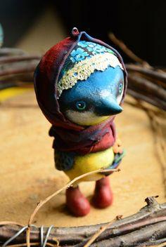 Купить Синичка в платочке, папье-маше, елочная игрушка, новогодняя игрушка в интернет магазине на Ярмарке Мастеров