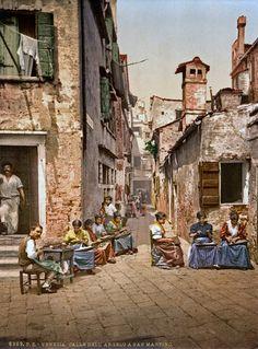 Calle dell Angelo a San Martino), Venice, Italy